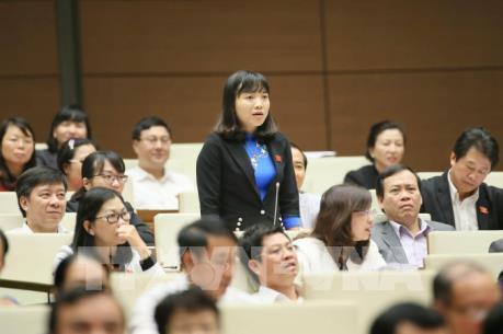 Quốc hội thông qua Luật sửa đổi Danh mục ngành nghề ĐTKD có điều kiện