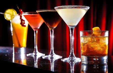 Đồ uống có cồn làm tăng nguy cơ ung thư tiền liệt tuyến