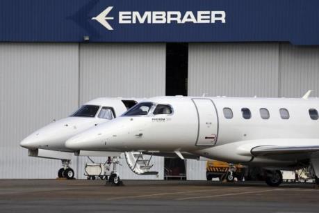 Hãng Embraer ký hợp đồng 1 tỷ USD với United Airlines