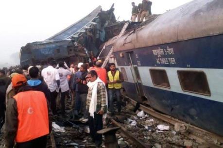 Vụ tai nạn tàu hỏa ở Ấn Độ: Số nạn nhân thiệt mạng lên tới hơn 90 người