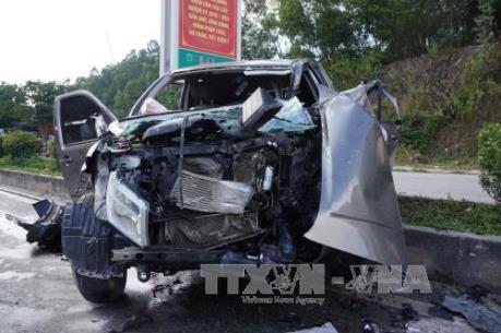 Thanh Hóa: Tai nạn giao thông nghiêm trọng làm 1 người chết và 7 người bị thương