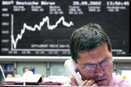 Thị trường chứng khoán Âu - Mỹ đi lên