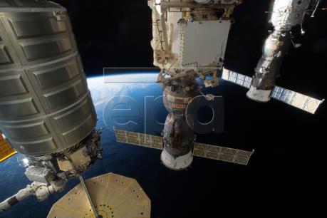 NASA thí nghiệm đám cháy trong không gian