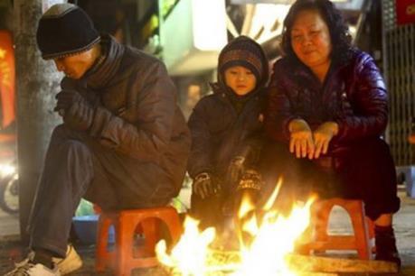 Dự báo thời tiết đêm 23/11: Bắc và Trung Trung Bộ có mưa dông, trời chuyển rét