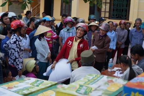 Người vùng lũ Quảng Bình đón nhận niềm vui