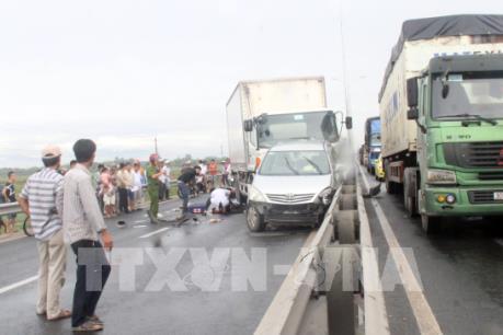 Quảng Nam: Va chạm giữa xe máy và ô tô trên Quốc lộ 1A làm một người tử vong