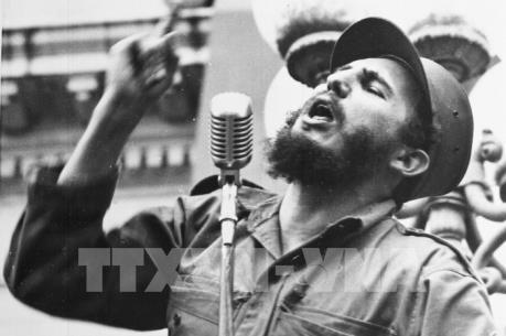 Người dân Cuba và lãnh đạo các nước tiếc thương ãnh tụ Fidel Castro