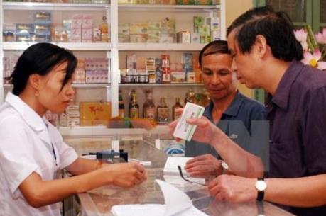 Kiểm tra việc kê đơn thuốc và sử dụng kháng sinh trong các cơ sở khám chữa bệnh