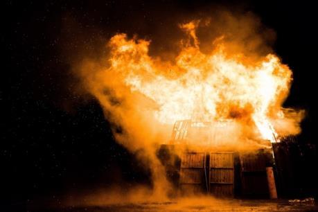 Ấn Độ: Hỏa hoạn tại nhà máy sản xuất thuốc nổ gây thương vong