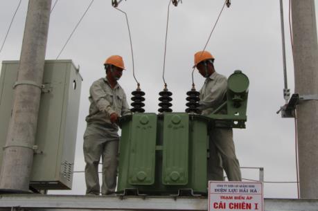 Rút ngắn thời gian tiếp cận điện năng cho doanh nghiệp và người tiêu dùng