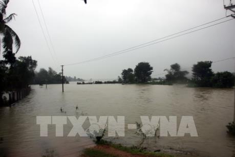 Mưa lũ gây nhiều thiệt hại tại Khánh Hòa