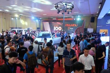Thị trường ô tô phân khúc thương mại tăng nhẹ