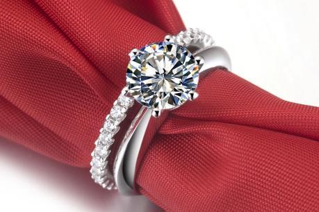 Cảnh giác với kim cương tổng hợp và nhân tạo