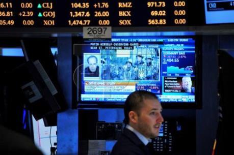 Chứng khoán châu Á đi lên, USD chạm mức cao nhất 10 tháng so với đồng yen