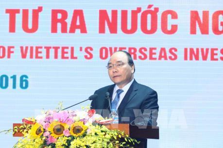 Thủ tướng Nguyễn Xuân Phúc: Viettel là một mẫu hình tăng trưởng mới cho Việt Nam