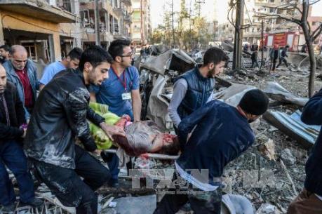 Thổ Nhĩ Kỳ: Hơn 60 người thương vong trong vụ đánh bom xe buýt chở binh lính