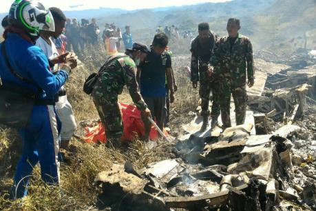 Máy bay vận tải của không quân Indonesia gặp nạn, 13 người thiệt mạng