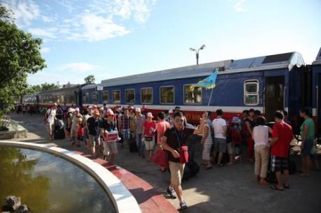 Những chuyến tàu chở vẻ đẹp Bắc Trung Bộ (Phần 1)