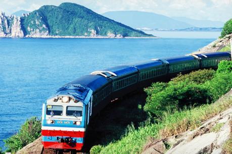 Những chuyến tàu chở vẻ đẹp Bắc Trung Bộ (Phần 2)