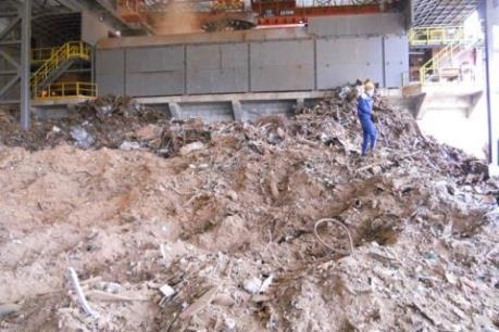 Đề nghị xuất khẩu 300.000 tấn bụi lò thép