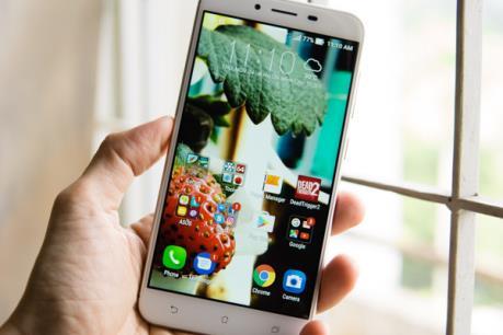 """Asus đưa smartphone """"pin khủng"""" khuấy động thị trường cuối năm"""