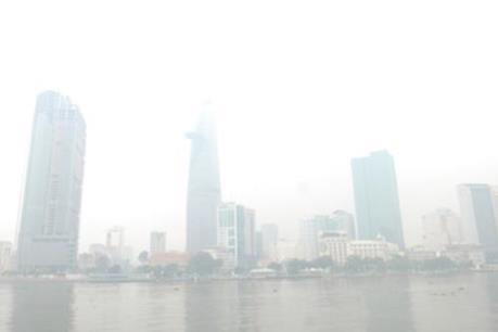 Nguyên nhân xuất hiện sương mù dày đặc tại TP.HCM