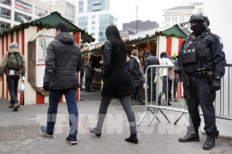 New York tăng cường an ninh các khu chợ Giáng sinh