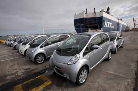 Doanh số bán ô tô mới tại Australia tiếp tục tăng