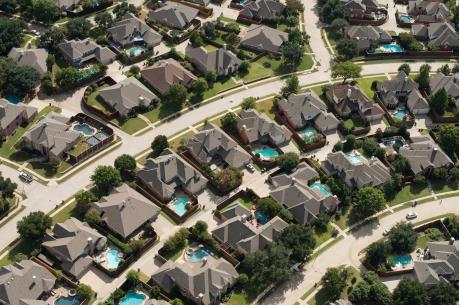 Mỹ: Doanh số bán nhà tăng nhanh nhất gần 10 năm qua