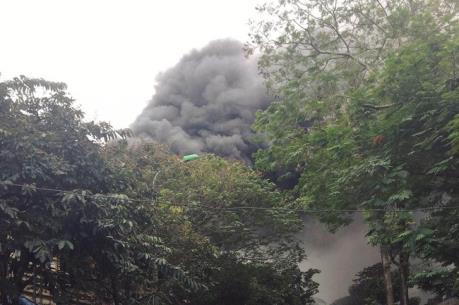 Cháy lớn tại phố Phùng Hưng