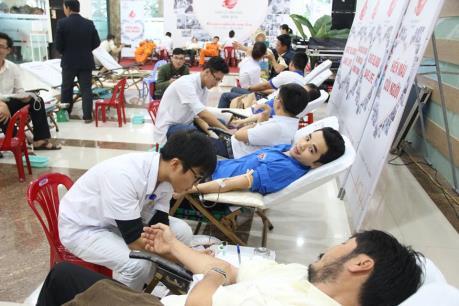 """EVN đóng góp 8.266 đơn vị máu cho """"ngân hàng máu"""""""