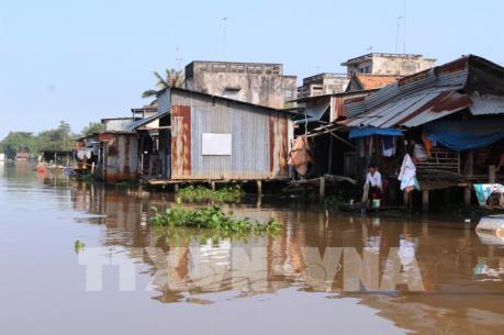 Lập dự án giải tỏa trên 450 nhà lấn chiếm sông Vàm Cỏ Đông