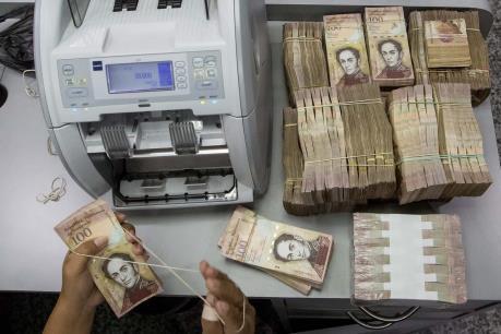 Venezuela tiếp tục lưu hành đồng nội tệ mệnh giá lớn nhất