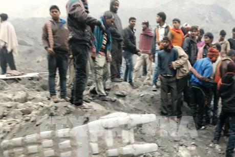 Ấn Độ: Sập mỏ than làm gần 100 người thương vong