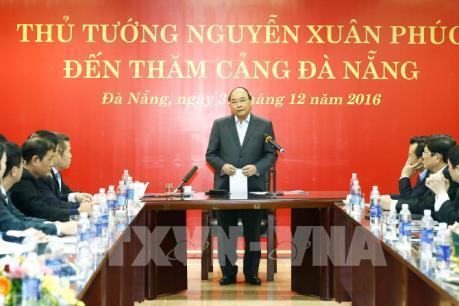 Thủ tướng Nguyễn Xuân Phúc thăm Cảng Đà Nẵng