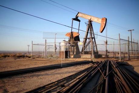 Trung Quốc giảm mạnh hạn ngạch xuất khẩu dầu trong đợt cấp phép đầu tiên của năm 2017