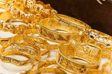 Giá vàng châu Á tăng bất chấp đồng USD mạnh lên