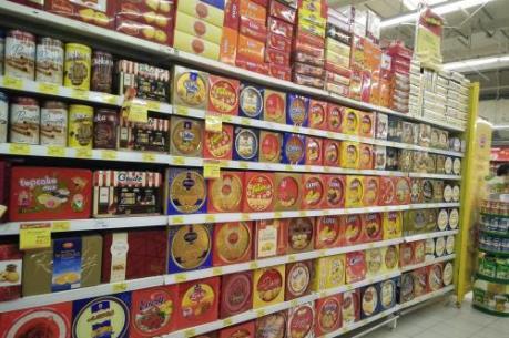 Thị trường bánh kẹo Tết sôi động vào mùa
