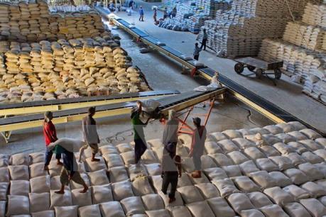 Giảm xuất thô hàng nông sản