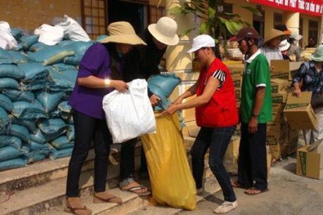 Sau gần 1 năm, hộ nghèo mới nhận được tiền hỗ trợ dịp Tết