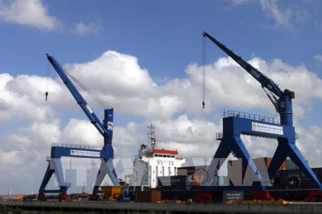 Phó Thủ tướng Vương Đình Huệ khảo sát các cảng tại Cần Thơ