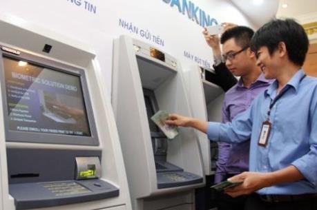 Rút tiền tại cây ATM sẽ dễ dàng hơn trong dịp Tết