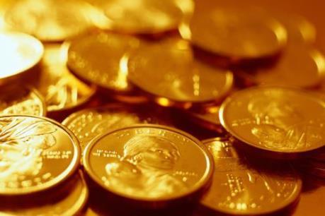 Giá vàng thế giới rơi xuống mức thấp nhất trong 3 tuần