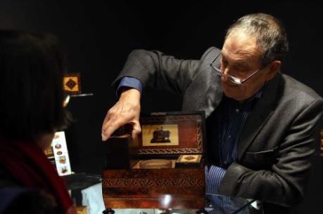 Đầu Xuân ghé thăm Hội chợ đồ cổ và tác phẩm nghệ thuật lớn ở London