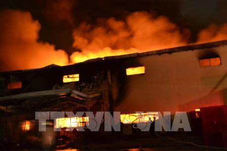 Cháy lớn tại Công ty Suzuki Việt Nam