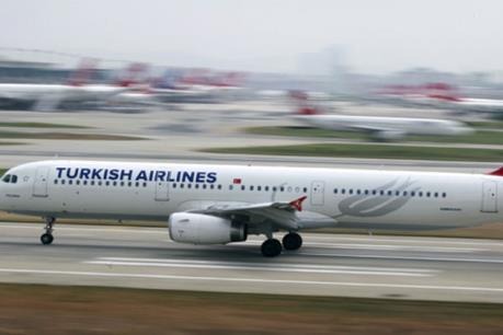 Máy bay vận tải rơi tại Kyrgyzstan, ít nhất 16 người thiệt mạng
