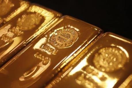 Quan ngại về bất ổn chính trị đẩy giá vàng thế giới đi lên