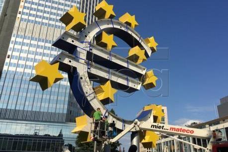 ECB có thể chưa khởi động thắt chặt chính sách tiền tệ trong năm nay