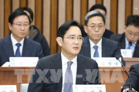 Tòa án bác bỏ lệnh bắt giữ lãnh đạo tập đoàn Samsung