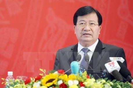 Phó Thủ tướng Trịnh Đình Dũng chủ trì cuộc họp giải quyết ùn tắc tại sân bay Tân Sơn Nhất